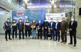 مراسم استقبال از تیم والیبال فولاد سیرجان ایرانیان بامداد یکشنبه در فرودگاه بین المللی امام خمینی تهران برگزار شد